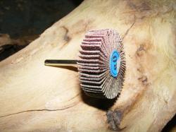 poncage bois sculpture